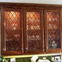 Вставки из стекла полностью изменят вид вашей кухни!